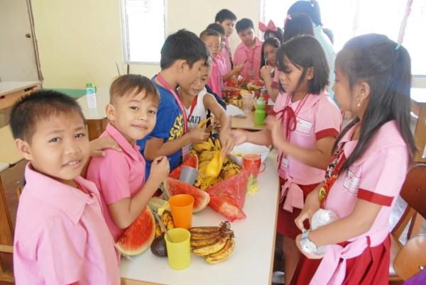 Feeding-program-in-our-school-for-scholars-2